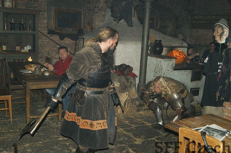 картинка рыцарь обедает признаки фотографируемого субъекта