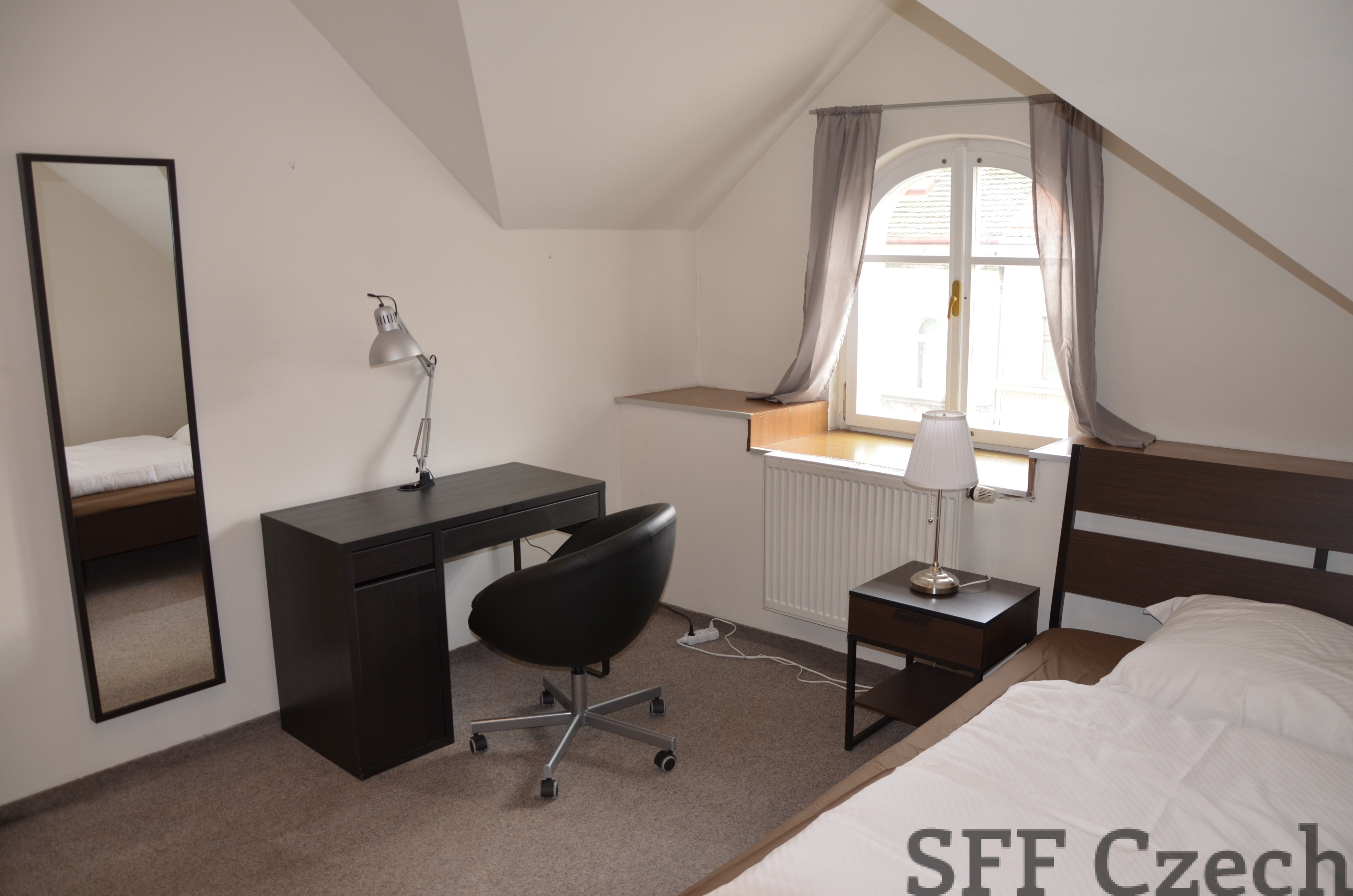 a homestay switzerland tel for furnished neuch room ch rent spare fully rental roomlala neuchatel