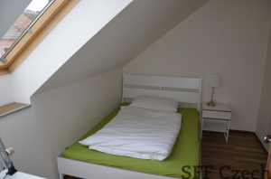 Fully furnished room for rent in shared apartment Prague 5