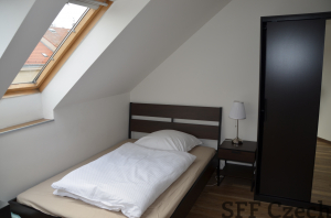 Room for short-term rent close to center of Prague