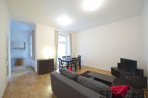 2 bedroom furnished flat Prague 2 Vratislavova