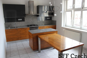 Nice 2 bedroom Vinohradska close Namesti miru