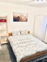 Cozy studio for rent Praha close to náměstí Míru