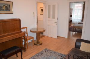 Fully furnished 2 bedroom apartment for rent, Praha 2 - Nové město