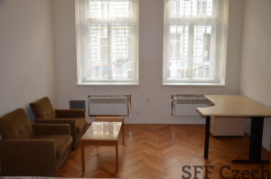 Zařízený byt 1+1 k pronájmu Praha 2 - Nové město, blízko metra