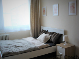 Furnished room to rent Prague 8, close to metro Palmovka