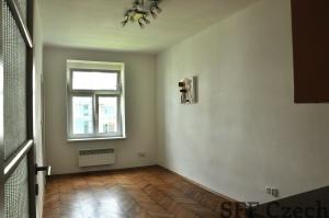 Partly furnished studio to rent Praha 10 - Vinohrady