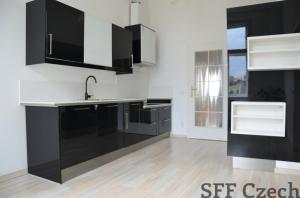 3 bedroom large apartment to rent close to I.P. Pavlova Prague 2- Nové město