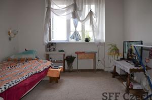 Small studio flat to rent Praha 5 close to metro Anděl
